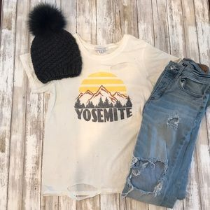 DAYDREAMER DISTRESSED TEE SHIRT YOSEMITE MEDIUM